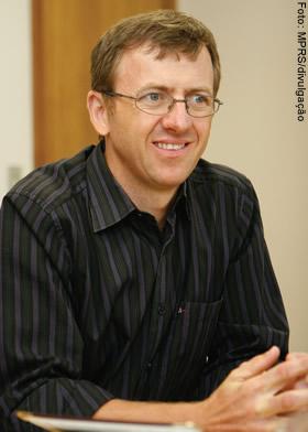 DANIEL MARTINI