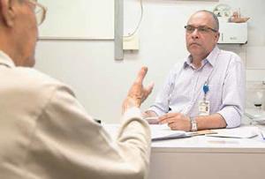 Lopes, especialista em medicina de família com mais experiência no país