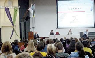 300 alunos e professores da Unisc receberam o projeto