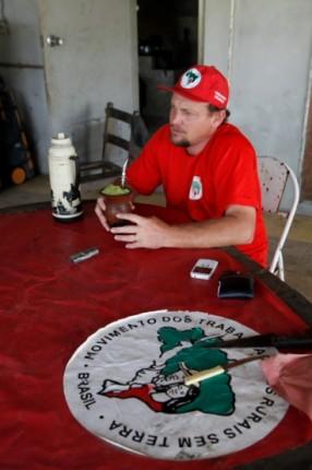 Huli Marcos Zang, integrante do Grupo Gestor e tesoureiro da Cooperativa do Assentamento Filhos de Sepé