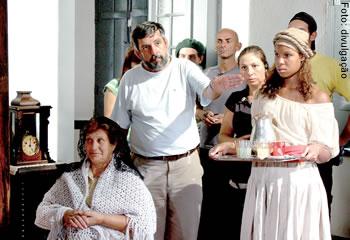 Henrique de Freitas Lima dirige cena de seu filme baseado em Contos Gauchescos