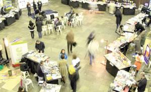Festa da Leitura, no Mercado Público, colocou o livro ao lado de outros gêneros de primeira necessidade