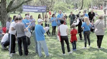Campanha Domingo de Greve, em 2011, desencadeou movimento contra o excesso de trabalho