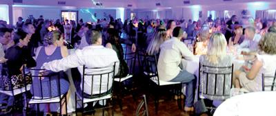 PORTO ALEGRE – Jantar-baile, em 27/10, reuniu 280 professores | Foto: Daiane Cerezer