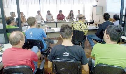 Lideranças estudantis se reuniram com o Sinpro/RS para conhecer reivindicações