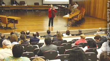 Seminário do CNE, no final de maio, em Brasília, discutiu deficiências do PL do Plano Nacional de Educação