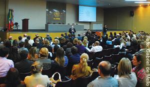 Professores da Ulbra participaram de encontro com a Reitoria no dia 27, sobre o processo de reestruturação