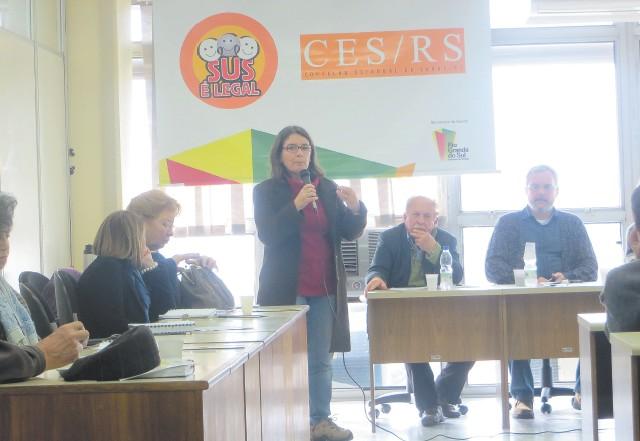 Projeto aprovado às pressas e sem debate derrubou a moderna Lei das Antenas e abrandou fiscalização, denuncia Ana Valls, representante da Agapan no Conselho de Saúde