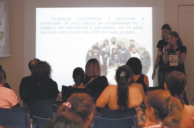Escola Rainha do Brasil realiza projetos que abordam o tema doação de órgãos e tecidos