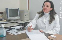 Letícia Ikeda destaca a importância da adesão ao tratamento