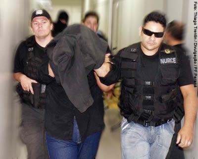 Prisão de César Arrieta em 2007 pela Polícia Federal, em Curitiba