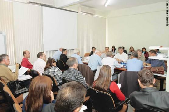 Comissão do Sinepe-RS reúne mais de 20 integrantes