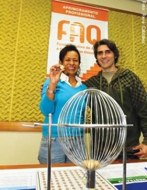 Prof. Ana Luiza ganhou bolsa auxílio para doutorado