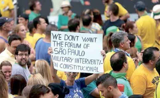 """Antagonismo em inglês: """"militante"""" pede uma """"intervenção militar constitucional""""..."""