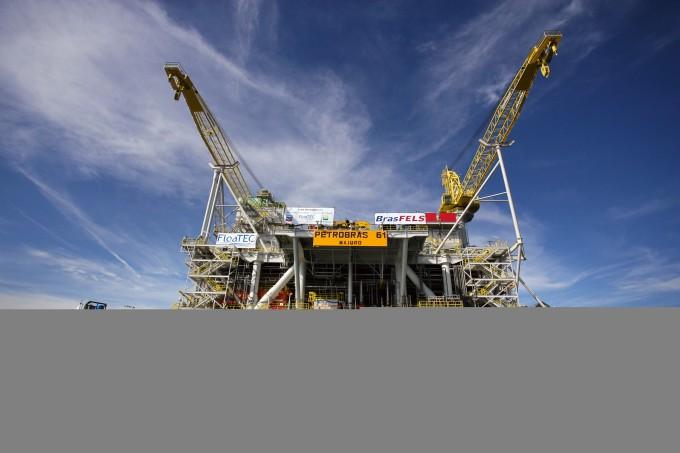 Projeto que reduz participação da Petrobras na exploração do pré-sal ameaça soberania ao expor reservas aos interesses de corporações privadas