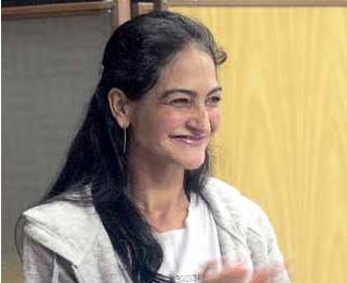 Liége Gautério, transplantada de pulmão, medalha de ouro nos 100 metros e medalha de prata nos 200 metros nos Jogos Mundiais para Transplantados 2015