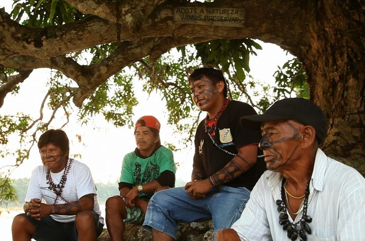 Indígenas da etnia munduruku aguardam demarcação há mais de dez anos