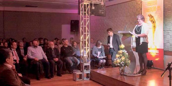 Professores e convidados prestigiaram a entrega do troféu Pena Libertária, no dia 16 de outubro, em Porto Alegre