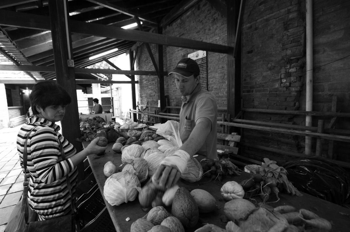 Agricultores possuem uma feira permanente na Ecovale, em Santa Cruz do Sul