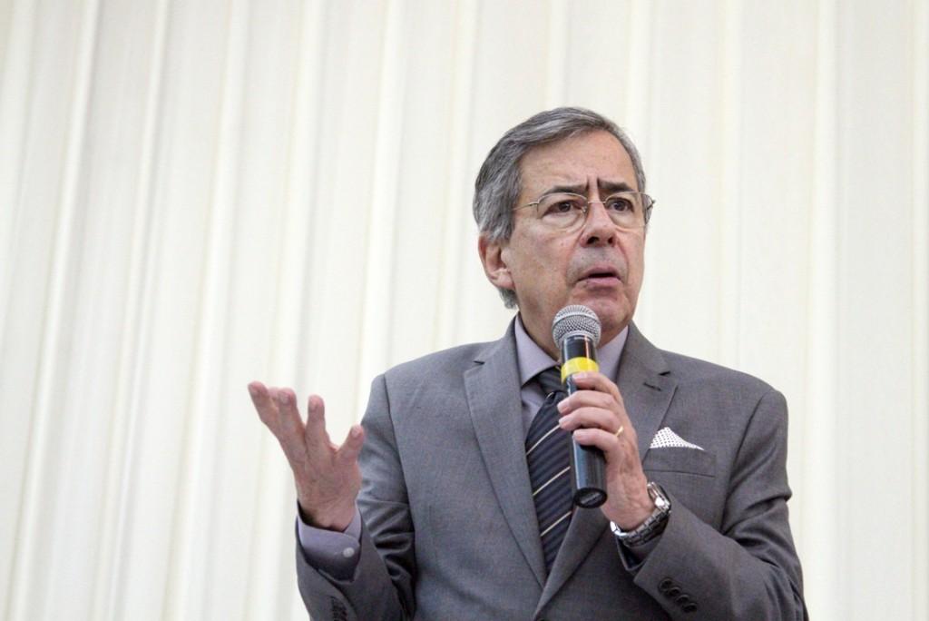 O governo Dilma acabou! Diretas, já!, diz Amorim