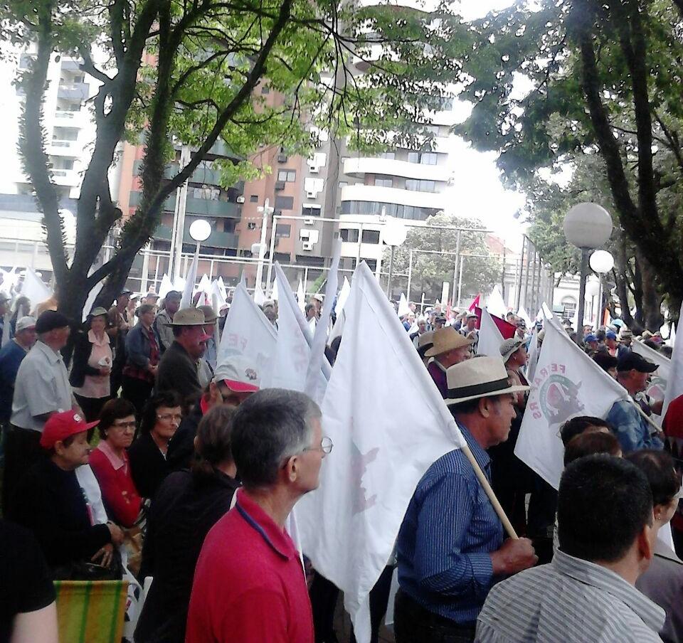 Audiência pública em Porto Alegre condena medidas do governo federal