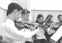 Orquestra de cordas da Unisinos em concerto no Anchieta