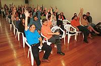 Proposta aprovada pelos professores permitiu a assinatura da convenção coletiva com reajuste que repõe a inflação do período