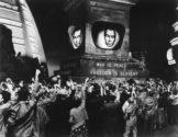 A pós-verdade chega às salas de aula | Frame do filme 1984, realizado em 1956
