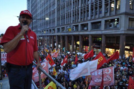 Para Nespolo, da CUT/RS, reforma trabalhista enfrenta resistência em todos os setores e não deve passar no Senado