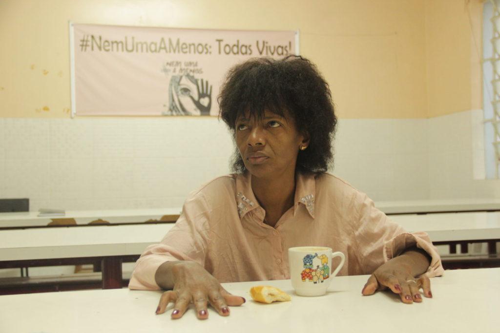 Mulheres vítimas de violência podem ficar sem abrigo