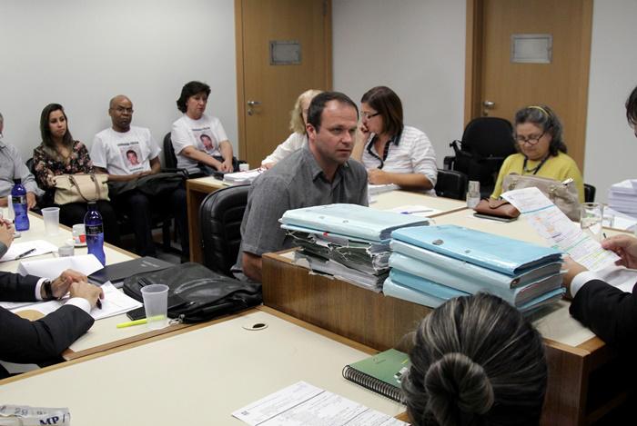 Testemunhas de defesa reiteraram versão de acidente, entre elas o delegado Christian Nedel (C)