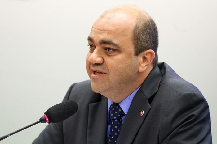"""""""O que gera empregos é o crescimento da economia, e não a flexibilização das leis trabalhistas"""", critica o procurador-geral do Trabalho, Ronaldo Fleury"""