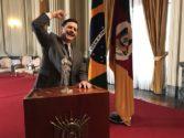 O ator Leonardo Machado no papel do governador gaúcho Leonel Brizola, líder do levante, no filme do diretor Zeca Brito | Foto: Joba Migliorin/ Divulgação