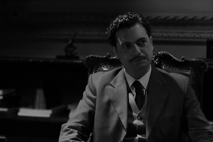 """""""Ele foi transformado no Brizola de uma forma surpreendente"""", diz a produtora Luciana Tomasi sobre o ator"""