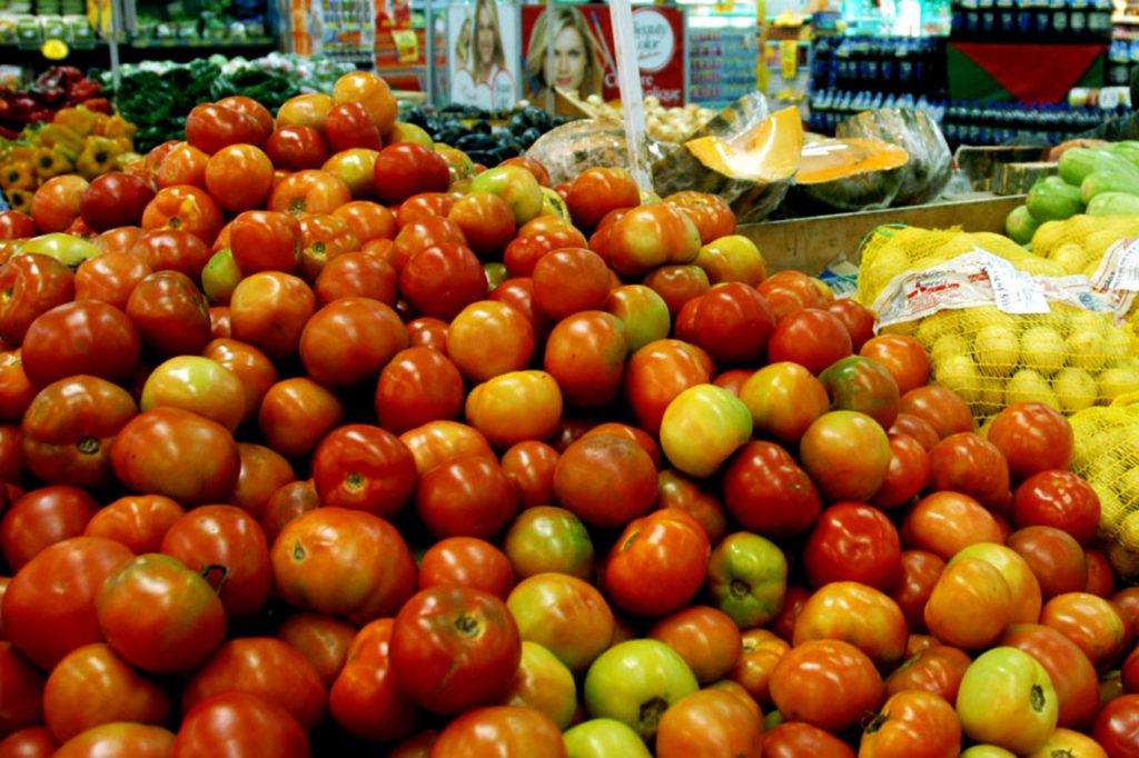 O preço do tomate é elo com a realidade que o Palácio do Jaburu insiste em ignorar