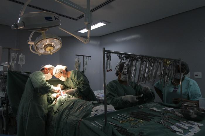 A doação e transplante de órgãos compõem um cenário relativamente novo no Brasil