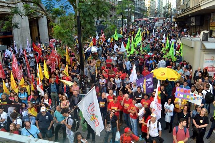 Paralisação do funcionalismo municipal de Porto Alegre durou 40 dias. Categoria mantém estado de greve