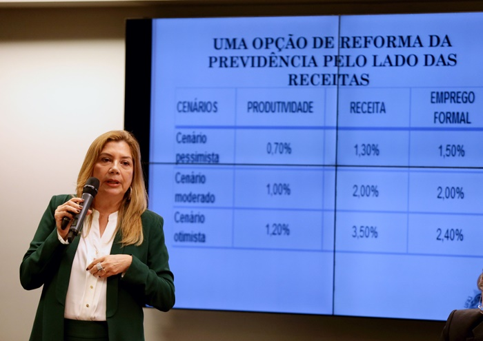 Para a economista Denise Gentil, governo vai manter o projeto, pois desconsidera a realidade e o que pensa a população