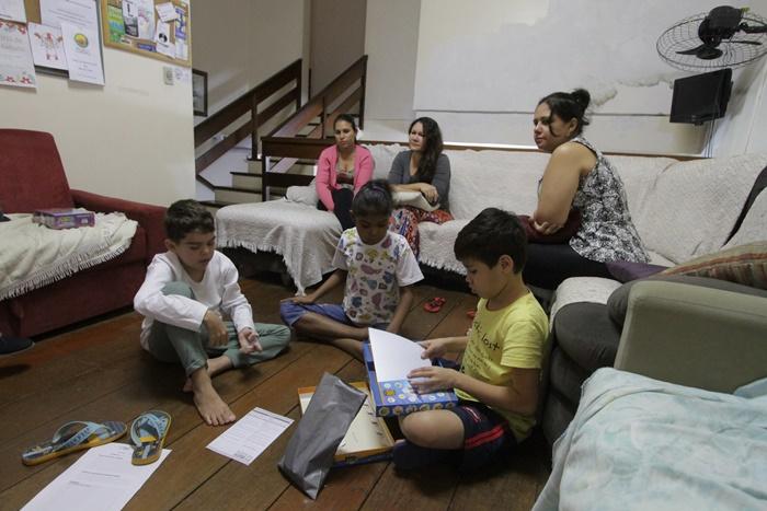 Pousada Solidariedade, mantida pela ong ViaVida, abriga crianças à espera de transplantes e pós-transplantadas, acompanhadas por familiares