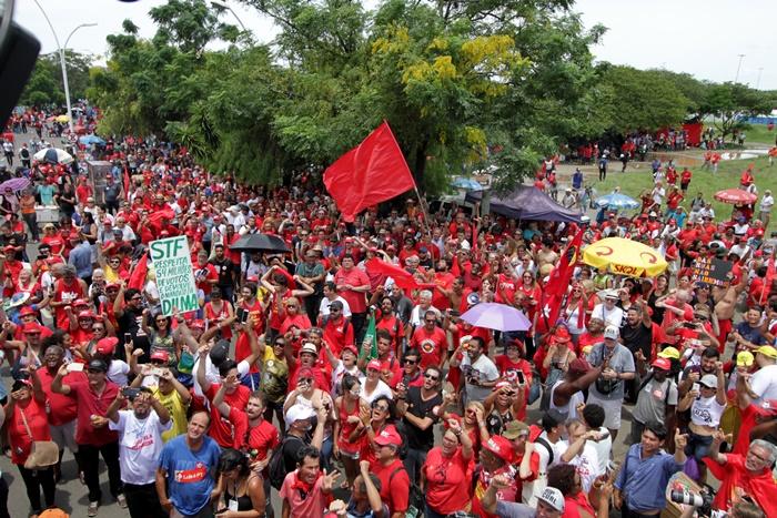 Espaço do acampamento junto ao anfiteatro Pôr-do-Sol abrigou entre 15 e 20 mil militantes de diversos estados desde domingo