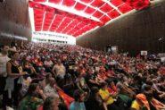 Programação da Ação Global AntiDavos lotou auditório Danta Barone, da Assembleia Legislativa | Foto: Igor Sperotto