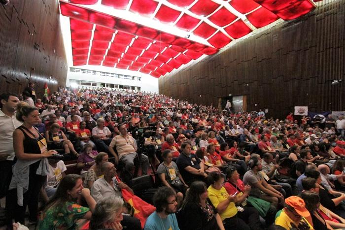 Programação da Ação Global AntiDavos lotou auditório Danta Barone, da Assembleia Legislativa