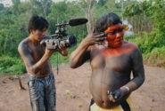O Índio no espelho | Foto: Vídeo nas Aldeias/Divulgação