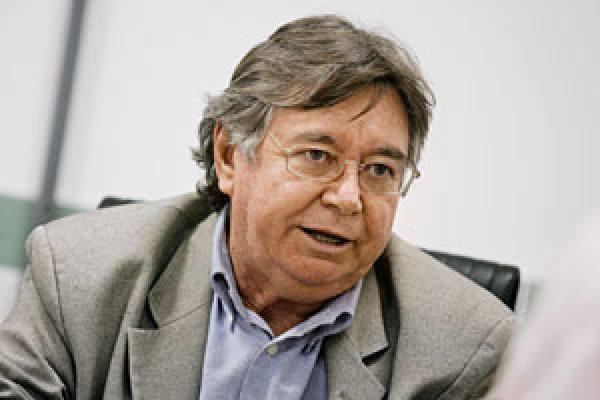 """César Barreira: """"A violência gera medo e o medo se fragmenta em vários fatores, entre eles quebra de valores e demanda por mais punição"""""""