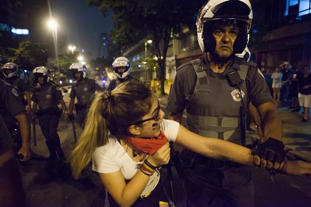 Sete pessoas são assassinadas por hora no país, mas as forças policiais são usadas pelo Estado como instrumento de repressão social