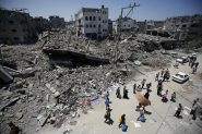 Bairro de Al-Shejaeiya, a leste da Cidade de Gaza, destruído por mísseis israelenses nos bombardeios de agosto de 2014, permanece em ruínas e sem serviços básicos à população | Foto: Mohammed Saber/ Anistia Internacional