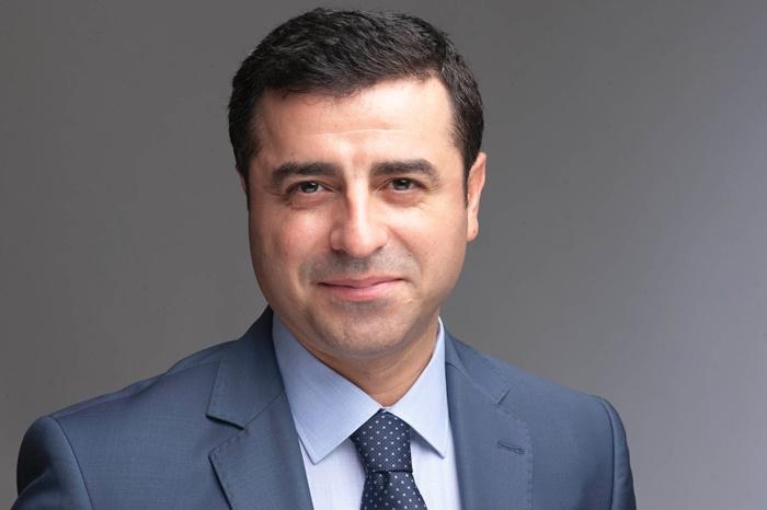 Líder da oposição curda, Demirtas representa 15 milhões de turcos e desafia o ditador Erdogan