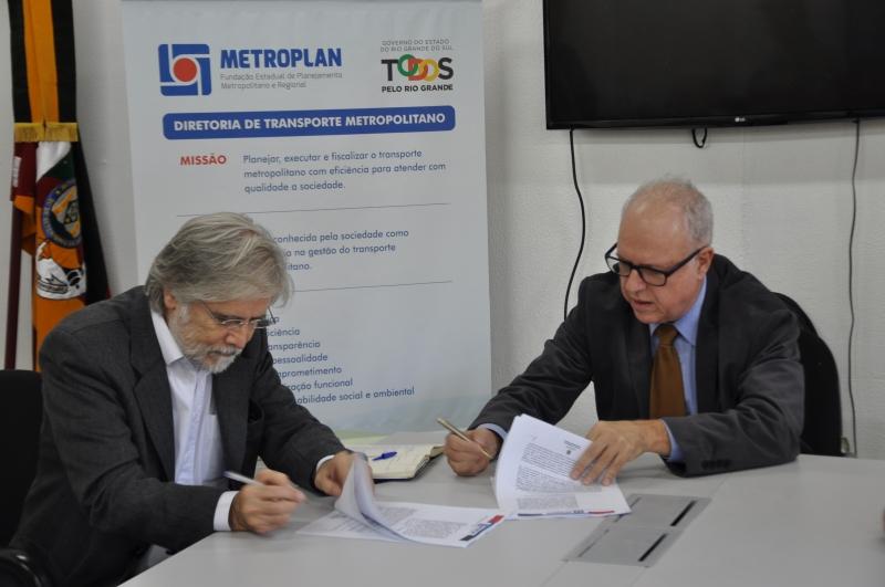 O valor acordado entre a Metroplan e a Logit para o serviço é R$ 2.870.000,00