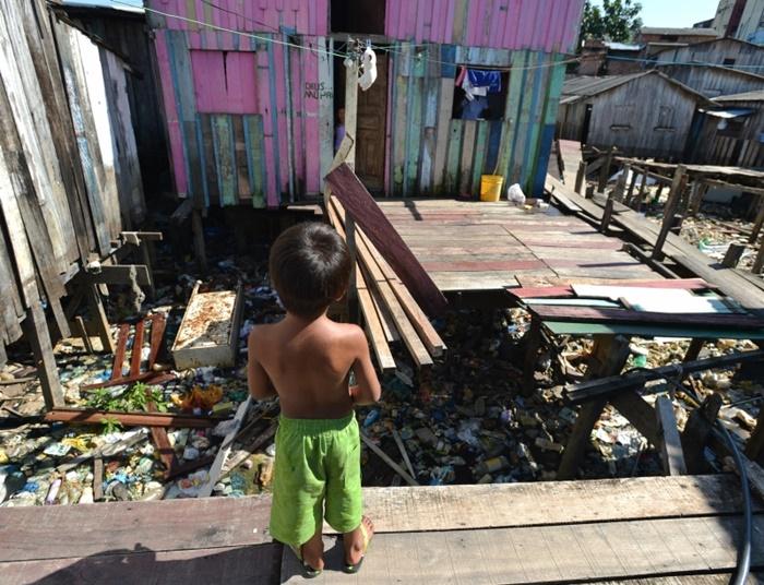 Os relatores lembraram que dados oficiais publicados recentemente mostraram uma elevação da taxa de mortalidade infantil no Brasil pela primeira vez em 26 anos