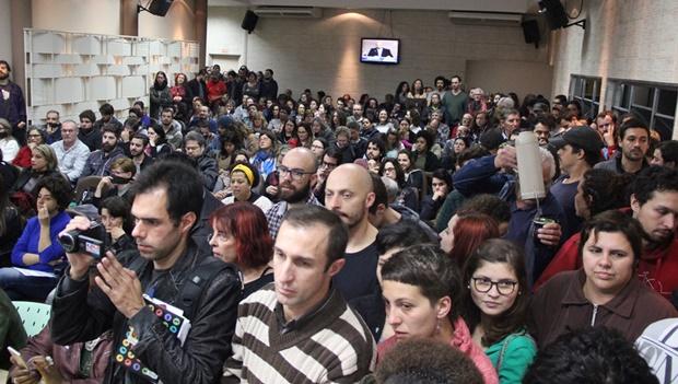Em 2017, projeto Escola Sem Partido foi rejeitado na Câmara de Pelotas, que votará um similar nesta terça-feira